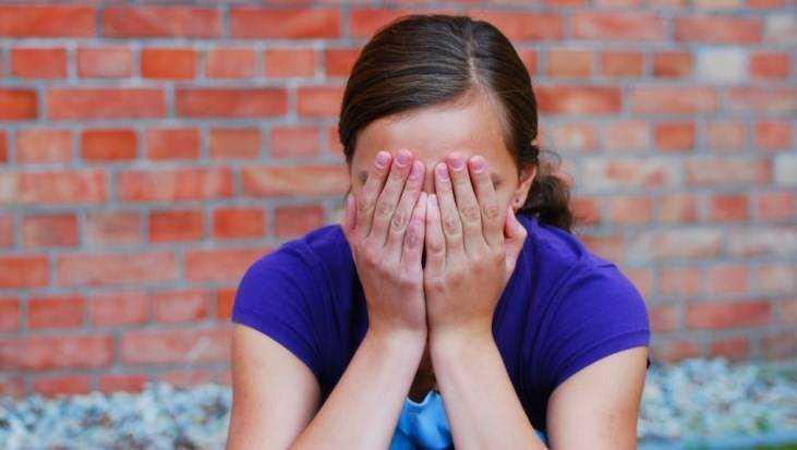 ВБрянске 15-летняя девушка обокрала салон красоты