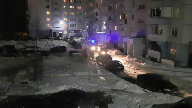 ВБрянске сняли видео оперекрывшем проезд машине «скорой» автохаме