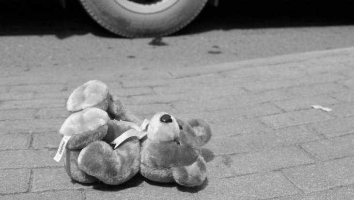 На стоянке вКлинцах легковушка сбила 2-летнего ребенка