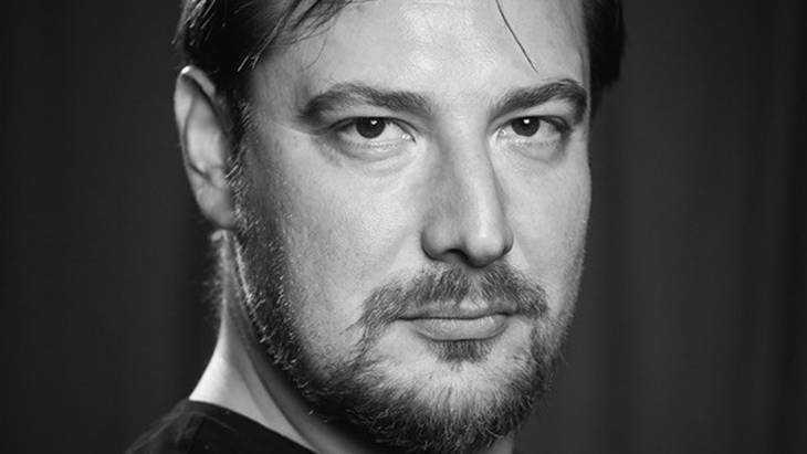 Уроженцу Брянска Петру Маркину вручили престижную премию в огромном театре