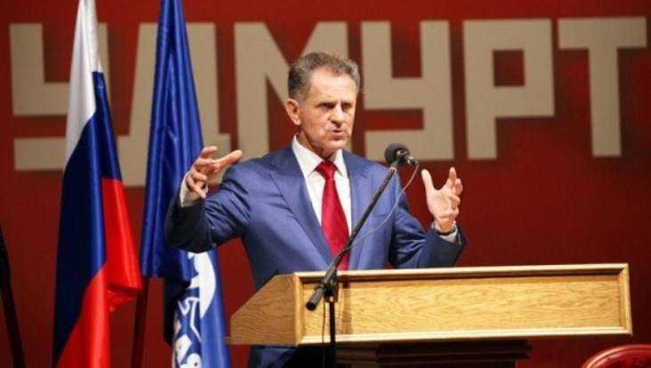 Экс-главе Удмуртии Соловьеву предъявлено обвинение вполучении взяток