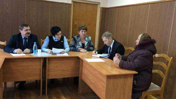 Валентина Миронова взяла наконтроль вопросы граждан Жирятинского района