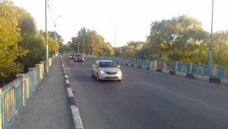 В Брянске дорогу на Литейной улице отремонтируют за 104 млн рублей