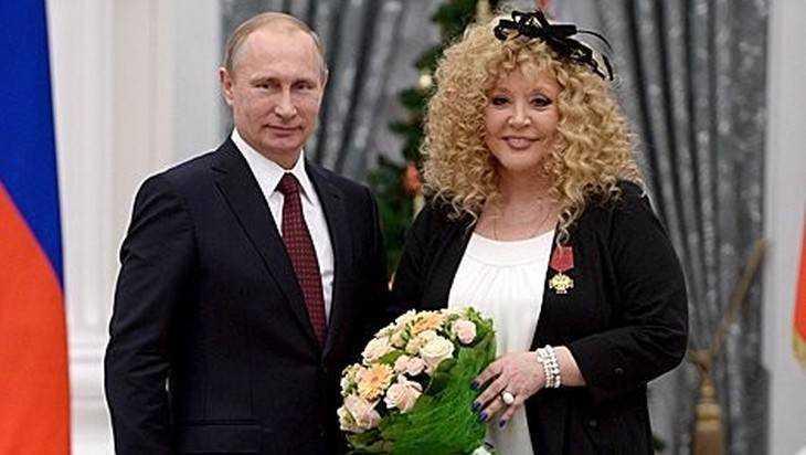 Насъемках нового клипа Аллу Пугачеву «зажали» трансвеститы