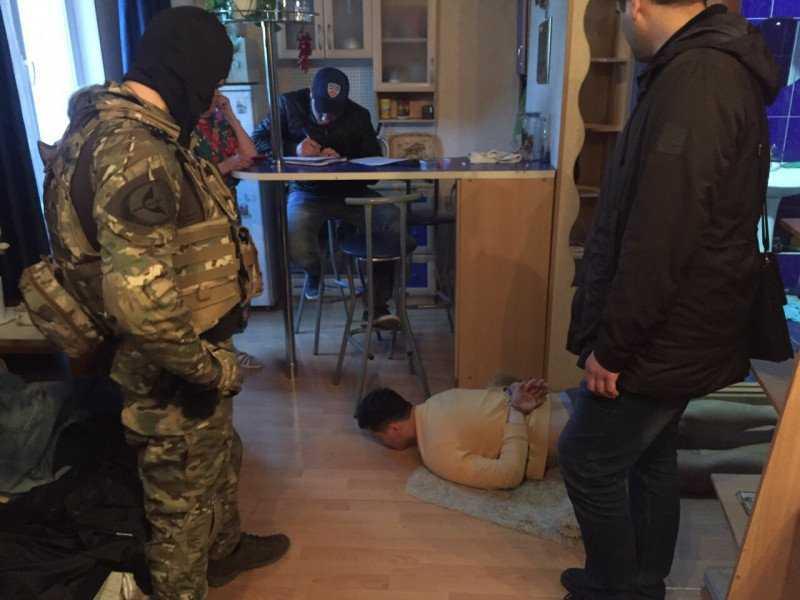 В Брянске за аферу на 58 млн задержали банду нелегальных банкиров