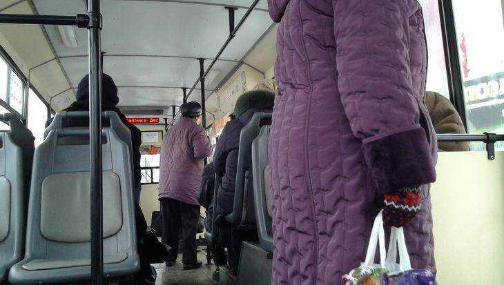 ВБрянске загод 62 человека упали вобщественном транспорте: один умер
