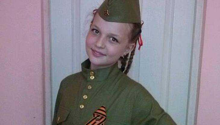 Брянская эстрадная певица Юлия Малинова выступила вфинале проекта «Синяя птица»