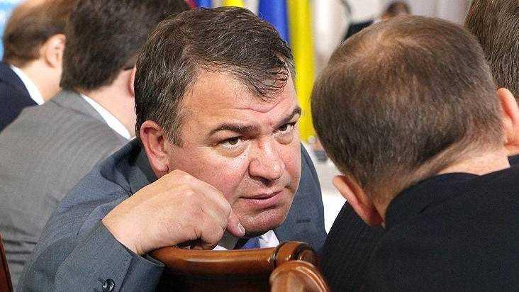 Прошлый министр Сердюков всплыл набрянском заводе