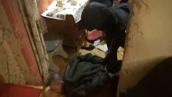 В центре Брянска полиция нашла притон наркоманов