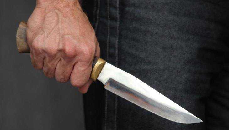 Брянский пенсионер зарезал 33-летнего сына