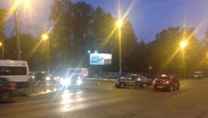 ВБрянске при столкновении маршрутки синомаркой ранены 4 человека