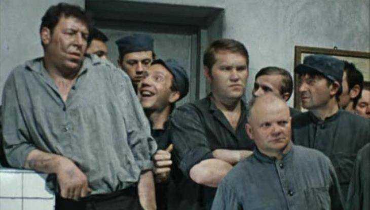 ВБрянской области осудили организатора криминальной группы, вымогавшей деньги узаключенных