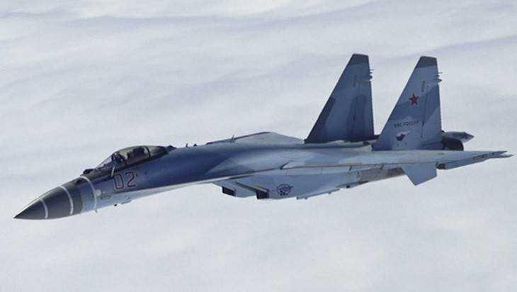 Летчики приняли новые истребители Су-35С