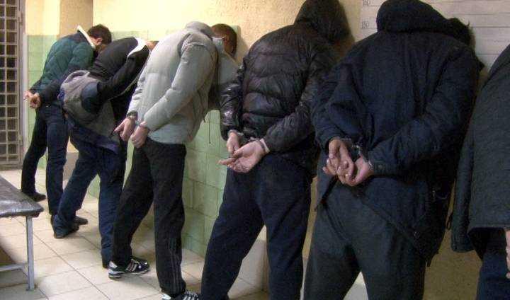 ВКурске вгаражах задержали «смотрящих» зарайонами города