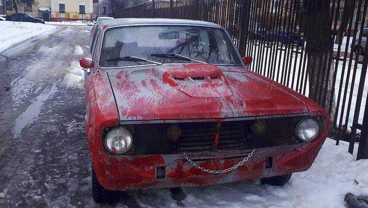 Сумасшедший «Газ»: гражданин Брянска создал «кошмарную» Волгу