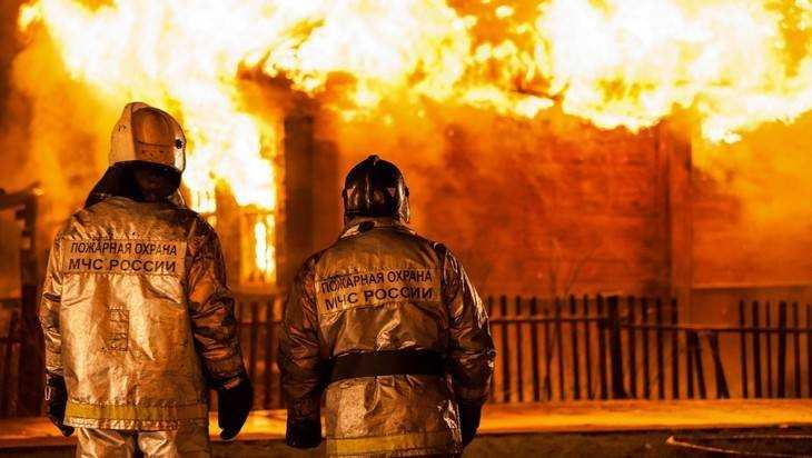 Ночью вКлинцах сгорел дом— умер мужчина