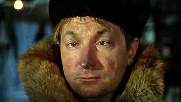ВБежице бомж похитил пиджак с5000 руб.