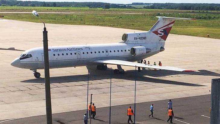 Из-за неисправности самолет «Саравиа» неможет вылететь изСимферополя