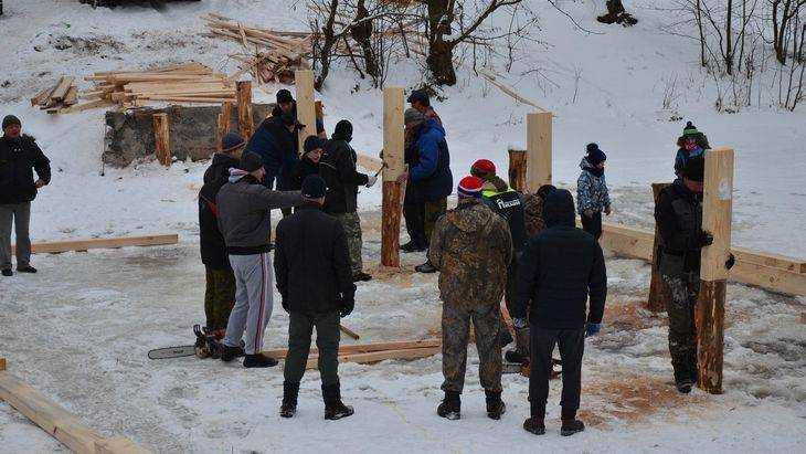 Что нам стоит мост построить: граждане брянского поселка продолжают поражать соотечественников