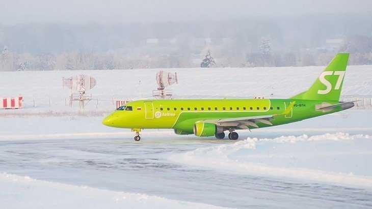 С мая самолеты будут летать из Брянска в Петербург три раза в неделю