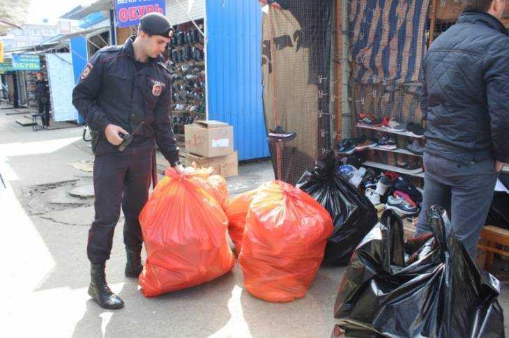 ВБрянске милиция пришла спроверкой наЦентральный рынок