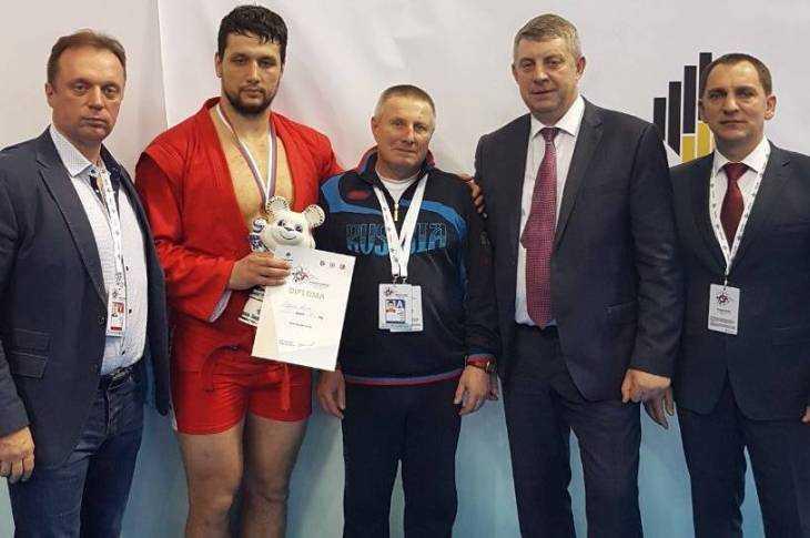 Брянец Артем Осипенко стал шестикратным чемпионом мира посамбо вСочи