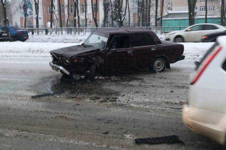Пассажирки брянской маршрутки пострадали вмассовом ДТП