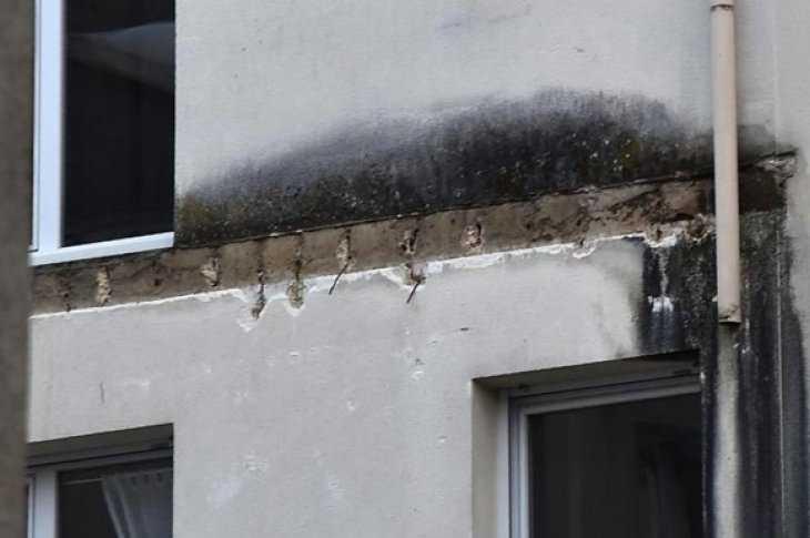 На западе франции погибли люди в результате обвала балкона (.