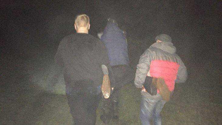 Брянские добровольцы спасли 2-х из 3-х заблудившихся влесу пожилых людей