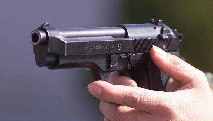 Новозыбковец два раза выстрелил всоседа изтравматического пистолета