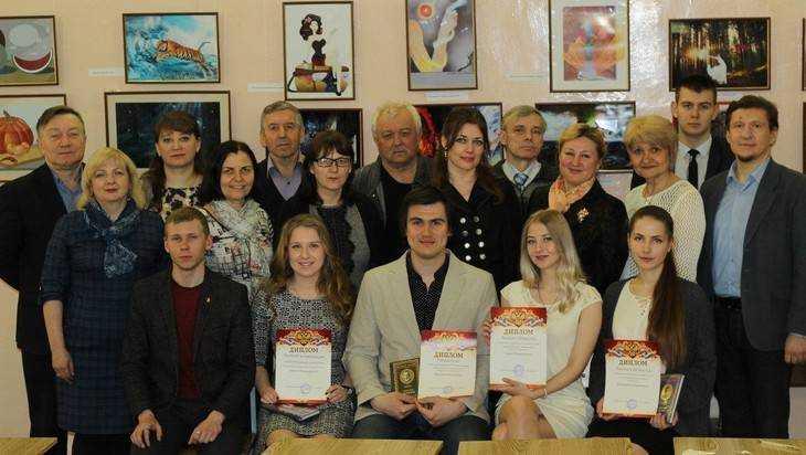 ВБрянске прошел поэтический межвузовский конкурс