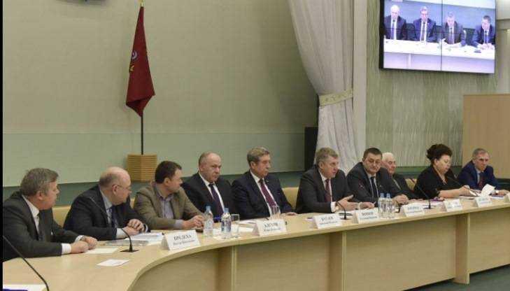 Брянский губернатор: «Мыпокорим иМонголию, и КНР!»