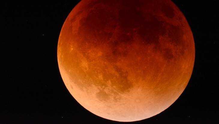 Ксередине зимы граждане Тверской области смогут наблюдать лунное затмение
