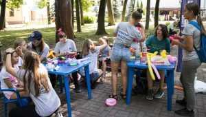Брянским волонтерам выделили более 6 млн рублей на пять проектов