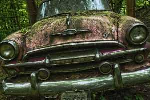 В белорусском законодательстве может появиться норма по признанию брошенных автомобилей бесхозяйными