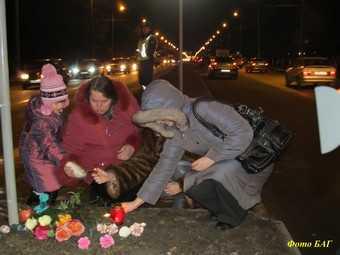 Накануне 40 дней со дня гибели Сони Сиваковой на Московский снова вышли горожане