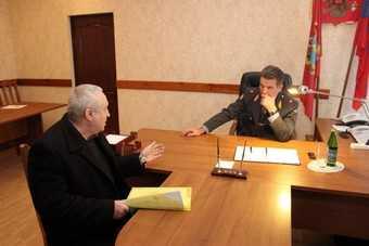 Клинчане пожаловались генералу Кузьмину на ночной вой сигнализаций