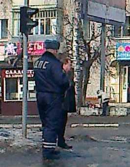 Бастрыкин беседует с матерью пропавшей Ани Шкапцовой