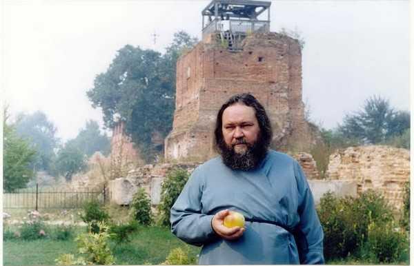 Крестный ход в Брасовском районе напомнил о последнем русском царе