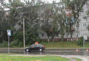В Брянске таксист сбил восьмилетнего мальчика – у него тяжелая травма