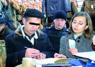 Крупный должник сам пришел к судебным приставам Брянска