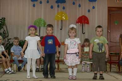 Более четырехсот брянских матерей и отцов лишили родительских прав