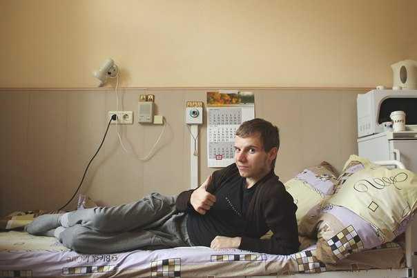 Брянский фотограф Георгий Бардовский вышел из комы и поправляется