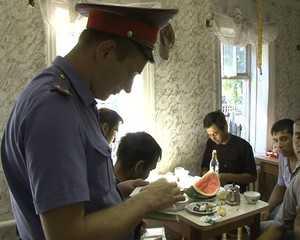 Полиция закрыла в Брянске подпольную чайхану