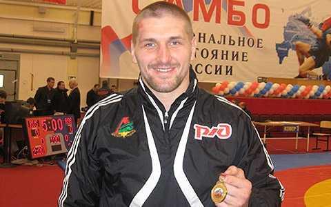 Минаков выйдет на поединок 17 сентября