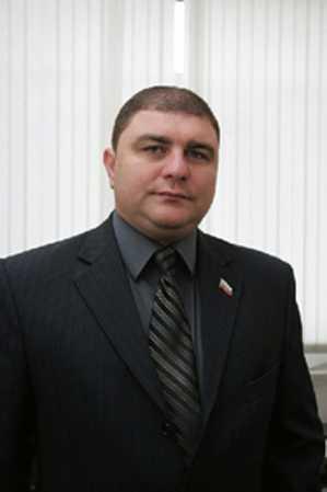 «Яблочник» и коммунист стали претендентами на брянское губернаторство
