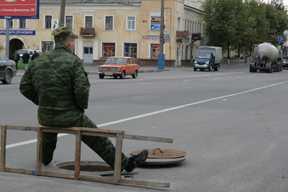 Из-за работ водоканала в Брянске перекрыли дорогу