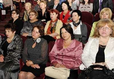 Ассоциация брянских педагогов покорно выслушала Бугаева