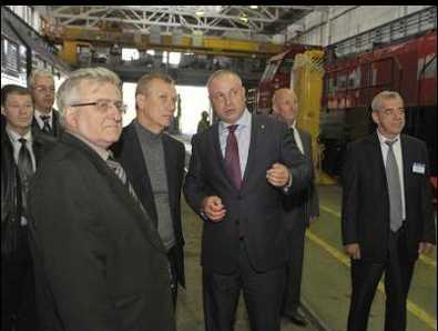 Губернатор Денин выразил почтение флагману брянской промышленности