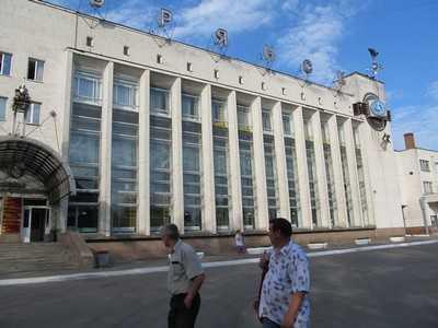Парковка около вокзала «Брянск I» вместит 200 автомобилей
